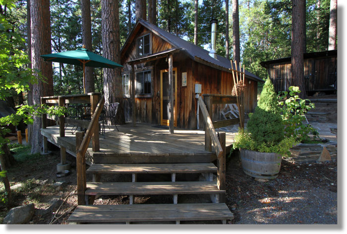 park cozy near for accommodation yosemite cabin rent national in rentals resort rv cabins