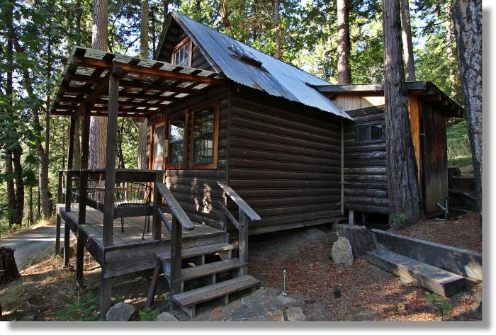 Sugar pine cabin sunset inn yosemite cabins for Cabins in yosemite