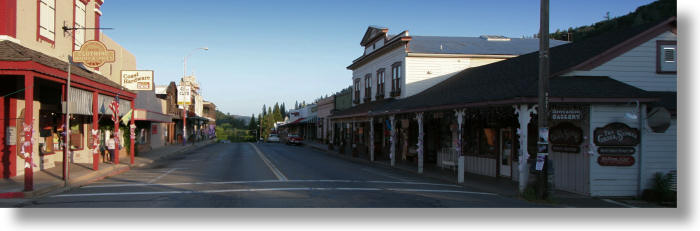 Downtown Mariposa California Facing South On Highway 49