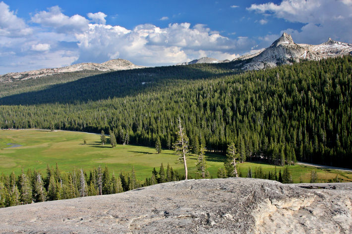 Tuolumne Meadows as seen from Pothole Dome