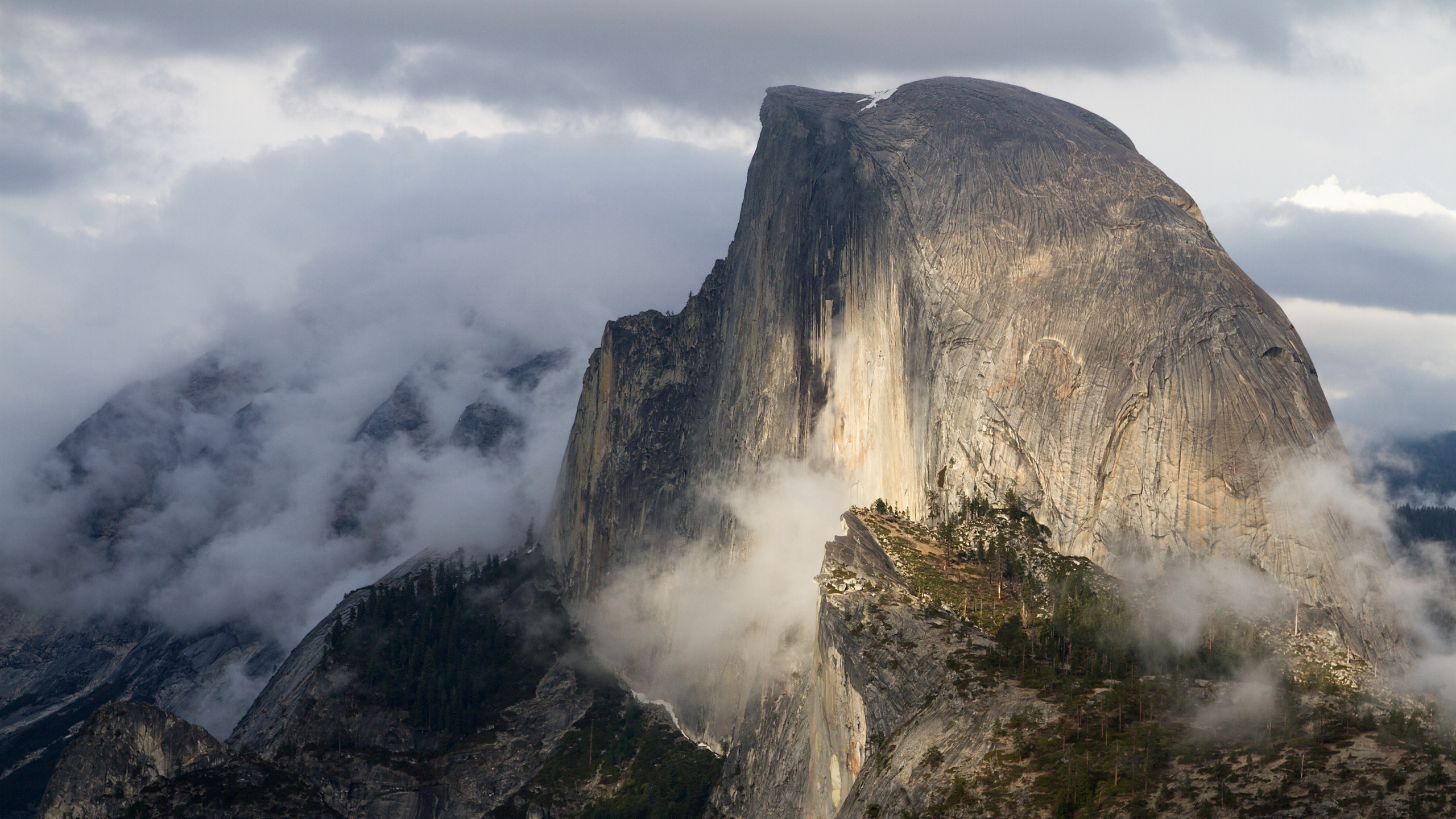 Free Yosemite Wallpaper Half Dome