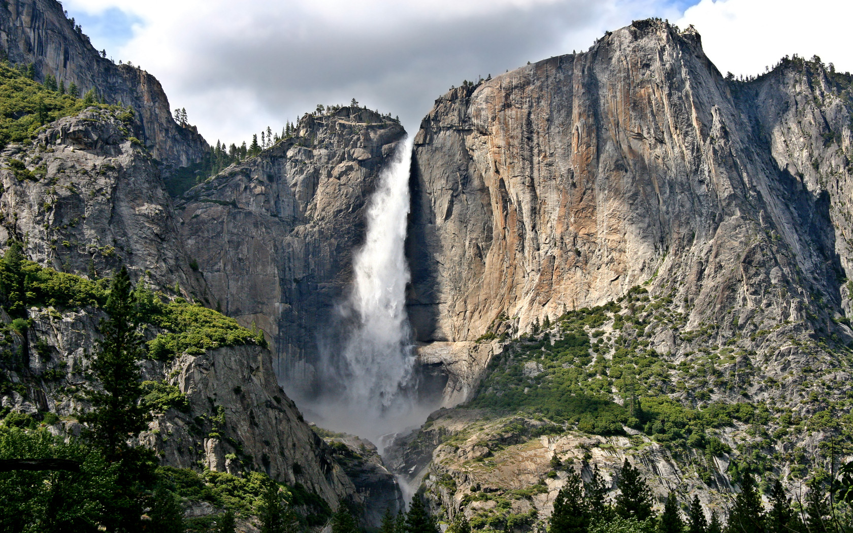 free yosemite wallpaper